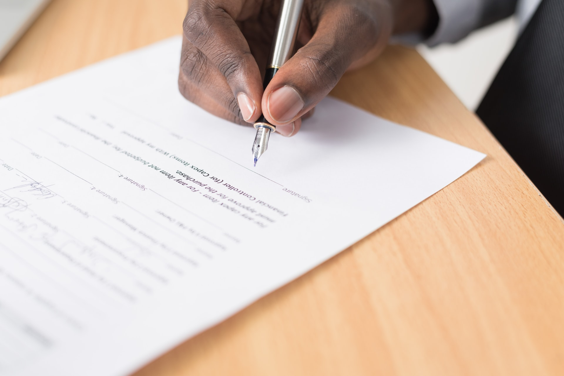 zatrudnienie na podstawie umowy zlecenia